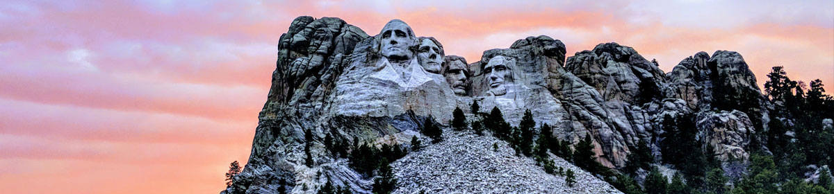 Mount Rushmore made the list of famous landmarks Americans want to visit