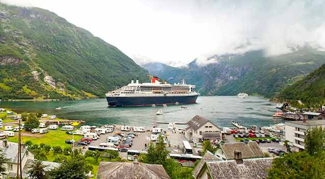 Tips for Planning a Norwegian Cruise: From Fjords to Northern Lights